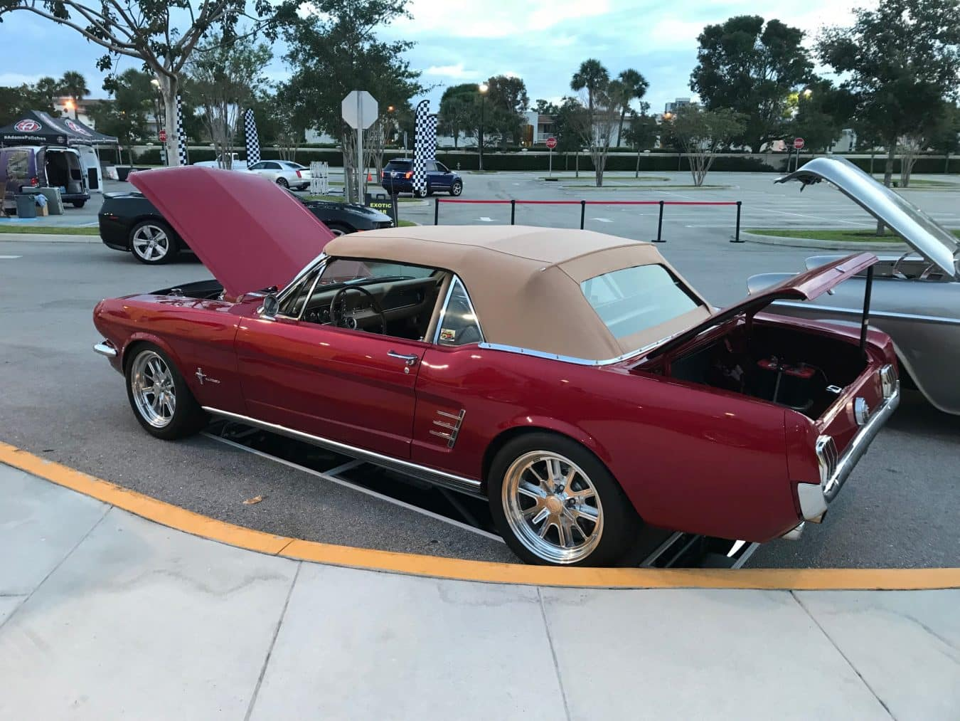 CUSTOM CAR SHOP IN GREENACRES FLORIDA